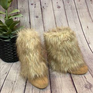 Colin Stuart detachable faux fur zipper bootie